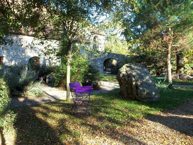 Maison pierres parc en Automne