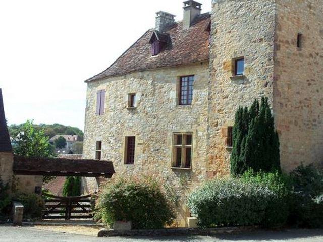 Façade Village Lot Loubressac