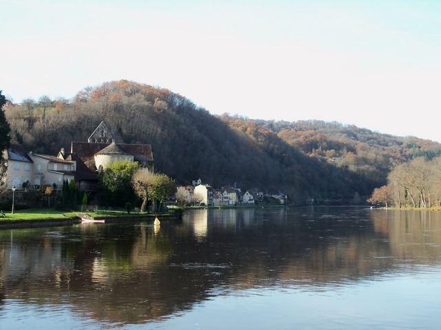 Rivière paysage Beaulieu sur Dordogne
