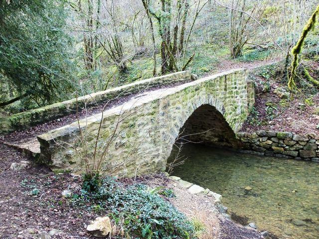 Pont Rivière Vallée de l'Alzou
