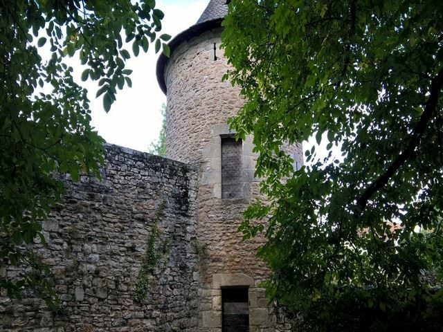 Château d'Assier tour d'angle